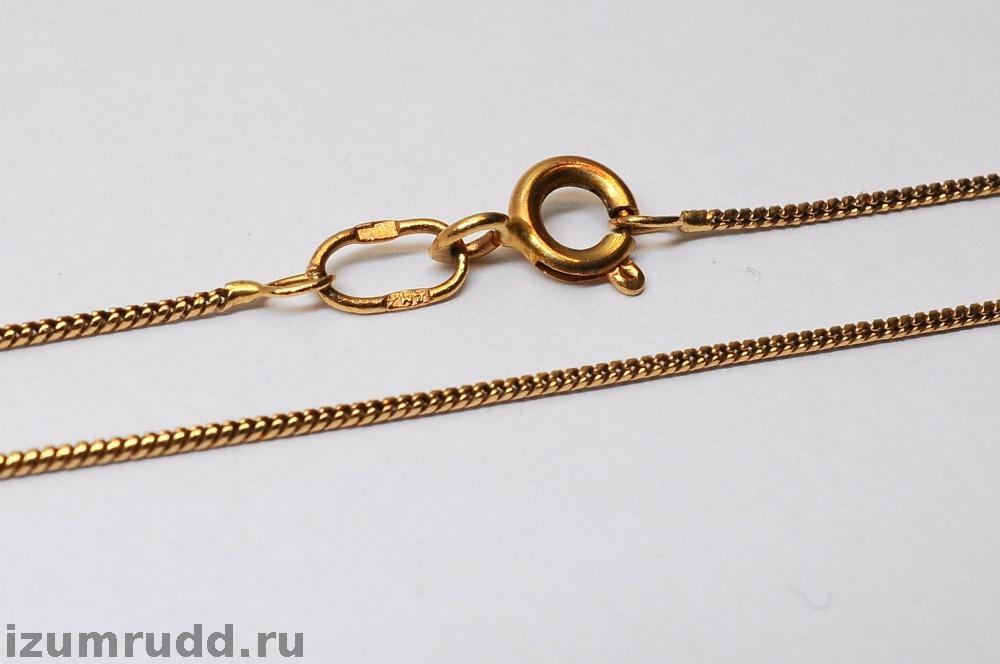 Круглое плетение золотой цепи
